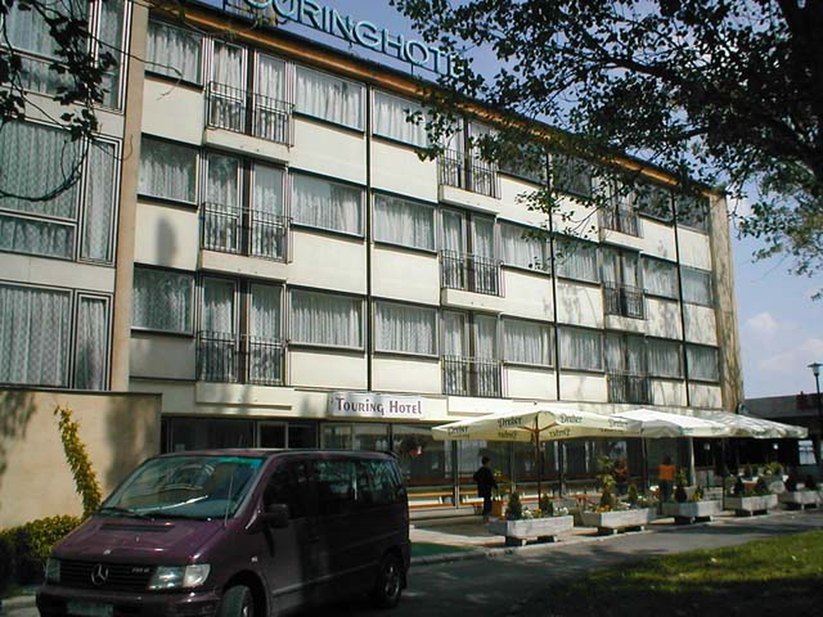 Touring Hotel